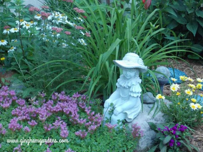 Cute Garden Vignette