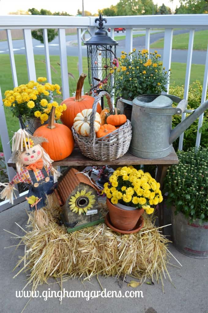 Fall Porch Decor at Gingham Gardens