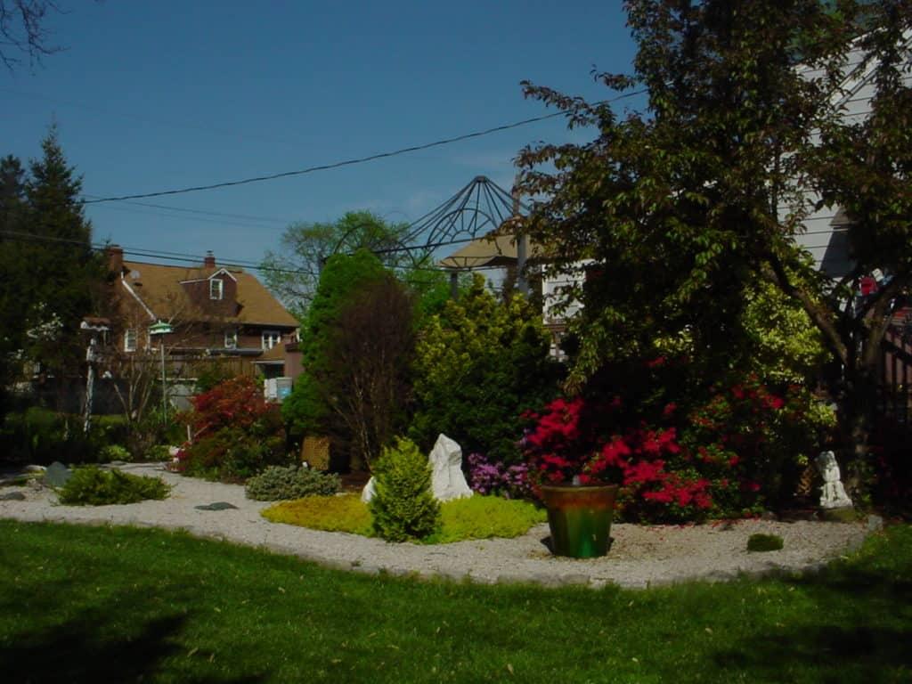 Formal Garden - Gingham Gardens Readers' Garden Tour