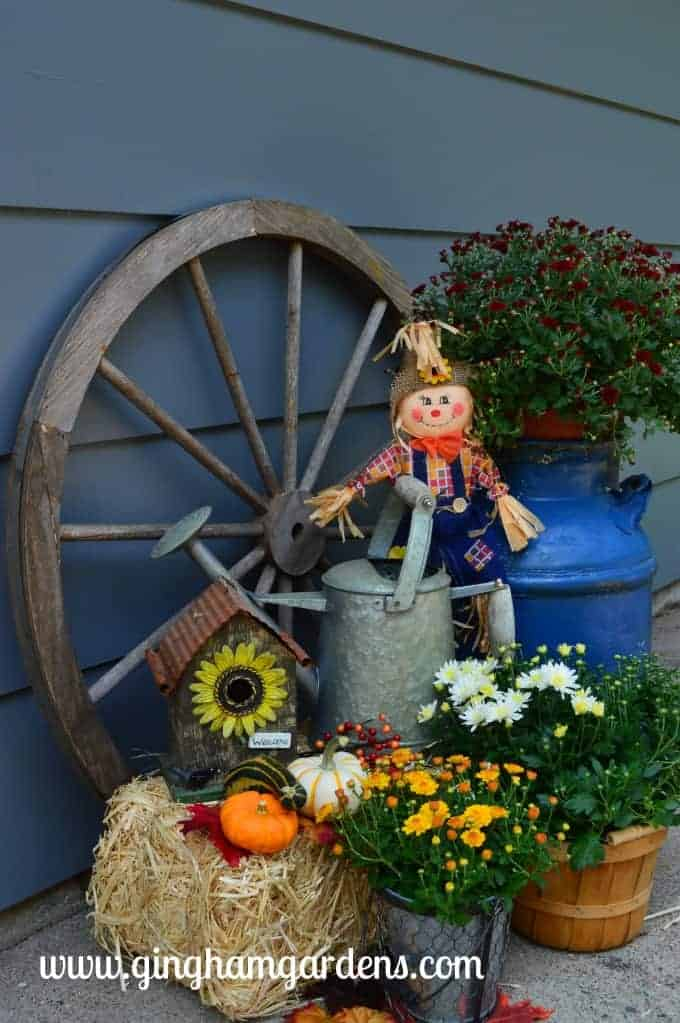 Image of an outdoor fall display
